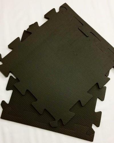 Detalhes do produto Tatame de 1cm Preto